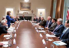 """Donald Trump llama a Pelosi """"política de tercera clase"""" en una reunión en la Casa Blanca"""