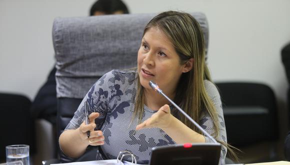Yeni Vilcatoma acusa al fiscal Pablo Sánchez de haberse demorado en entregar los documentos para solicitar la prisión preventiva de César Hinostroza. (Foto: USI)