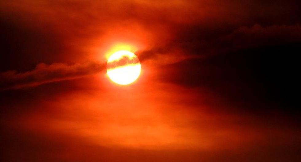 Así se puso el cielo en México ante la mirada atónita de todas las personas en la Zona Metropolitana en Monterrey. (Foto: Pixabay / Twitter)