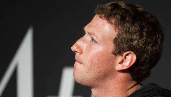Las explicaciones del CEO de Facebook no fueron suficientes para las autoridades británicas. (AFP)