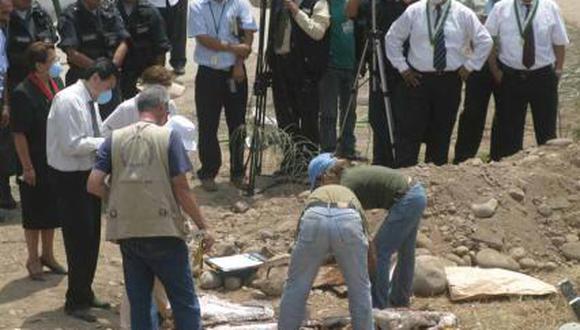 En la diligencia de exhumación participó también personal de la Dirección General de Búsqueda de Personas Desaparecidas del Ministerio de Justicia y Derechos Humanos. (Foto: GEC-referencial)