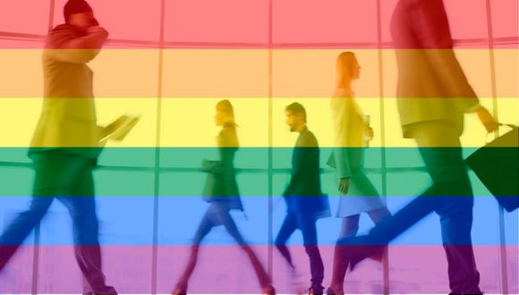 Si bien las políticas corporativas inclusivas LGBTQ se están convirtiendo en la norma, los trabajadores LGBTQ a menudo enfrentan un clima de parcialidad en su lugar de trabajo.