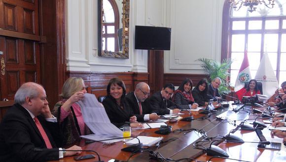 """Ministros se comprometen a mantener """"vocación de diálogo"""""""