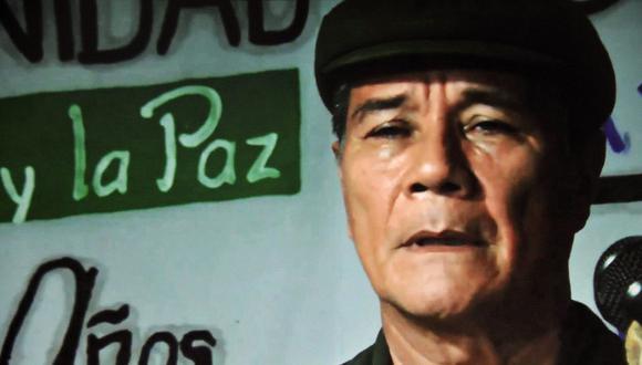 """Imagen tomada de un video publicado en el sitio web de la guerrilla del Ejército de Liberación Nacional (ELN) que muestra al comandante Nicolás Rodríguez, alias """"Gabino"""". (AFP)."""