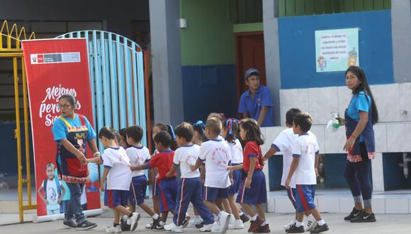Los niños deben tener más de 3 años de edad (cumplidos al 31 de marzo) para poder ingresar al sistema educativo. (Juan Ponce / Archivo)