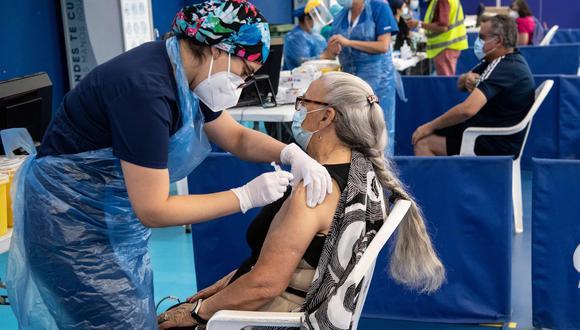 Coronavirus en Chile   Últimas noticias   Último minuto: reporte de infectados y muertos hoy, miércoles 11 de agosto del 2021.   Covid-19   (Foto: AFP).
