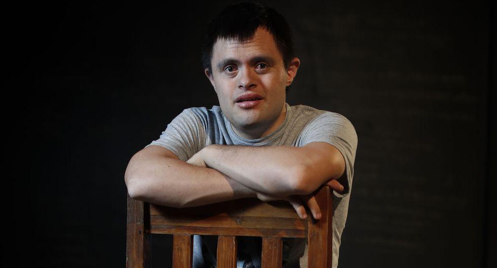 Jaime Cruz actúa en Hamlet, la obra teatral dirigida por Chela de Ferrari en La Plaza.