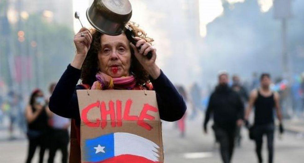 Uno de los puntos fuertes de crítica a las políticas de libre mercado en Chile tiene que ver con las administradoras privadas de fondos de pensiones. (AFP).
