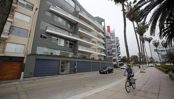 La zona del malecón en Barranco, al igual que la avenida El Sol, es una de las más caras en el distrito y también la que más ha atraído a las inmobiliarias, que siguen apostando por nuevos proyectos de vivienda. (Foto: El Comercio)