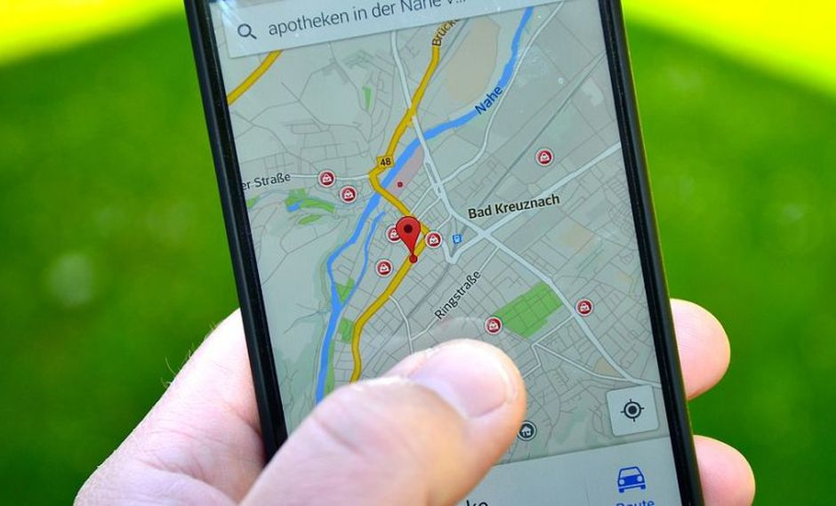 Google Maps brinda la opción de guardar la situación exacta en la que ha estacionado su vehículo. Solo debe pulsar encima de su ubicación actual, el círculo azul exhibido en el mapa. (Foto: Pixabay)
