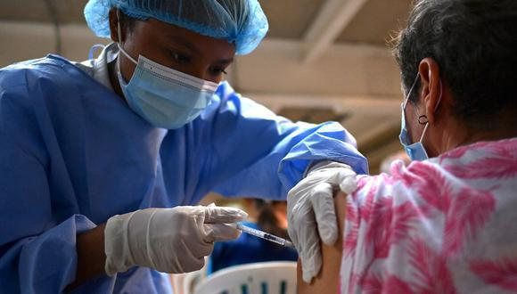 Ministerio de Salud afirma que las vacunas contra el COVID-19 mantienen su eficacia ante la variante Delta. Foto: Archivo GEC