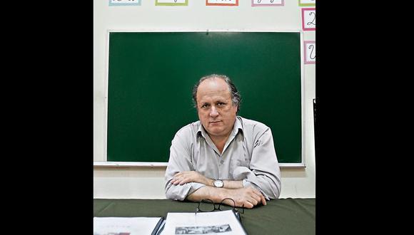 Se cumple una década de la temprana muerte de Constantino Carvallo. Su pasión por una nueva pedagogía enfocada en la empatía con los estudiantes resulta hoy ejemplar y necesaria.