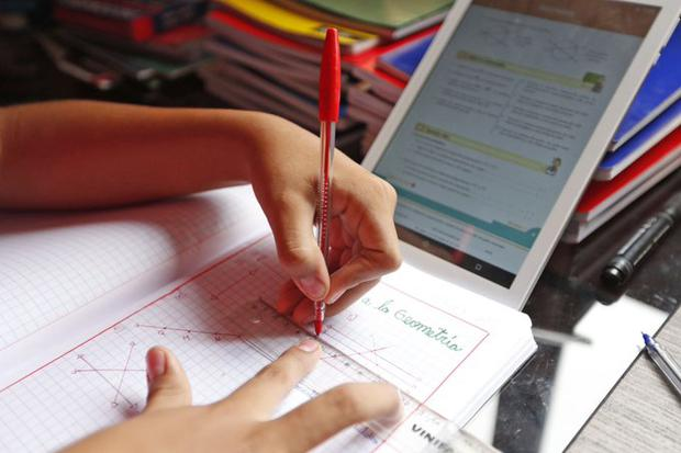 Los colegios asociados a la Asociación de Colegios Particulares Amigos (ADECOPA) han trabajado en la implementación de más espacios tecnológicos para este año escolar 2021. (Foto referencial / Archivo GEC)