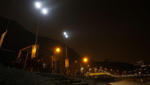 Evalúan horario para sistema de luces en playa La Pampilla