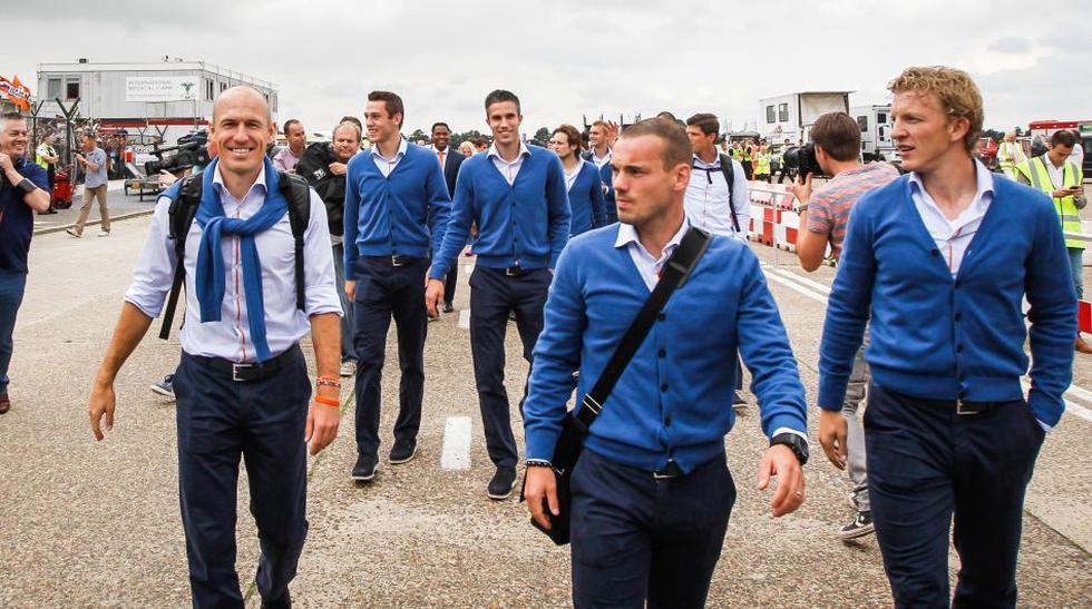 Robben, Van Gaal y más fotos de la llegada de Holanda  - 1