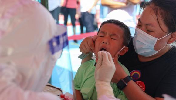 Coronavirus en China   Últimas noticias   Último minuto: reporte de infectados y muertos por COVID-19 hoy, viernes 17 septiembre del 2021. (Foto: STR / AFP) / China OUT).