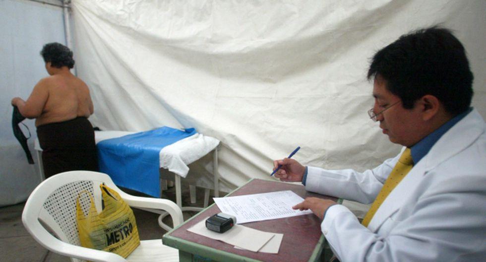 Minsa realiza despistajes de cáncer de mama gratuitos