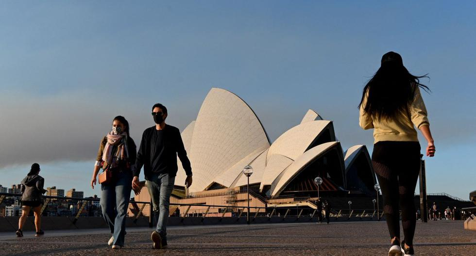 Australia plans to deconfine Sydney in October, when 70% of the population will be vaccinated