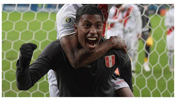 Miguel Araujo reemplazaría a Carlos Zambrano ante Bolivia.