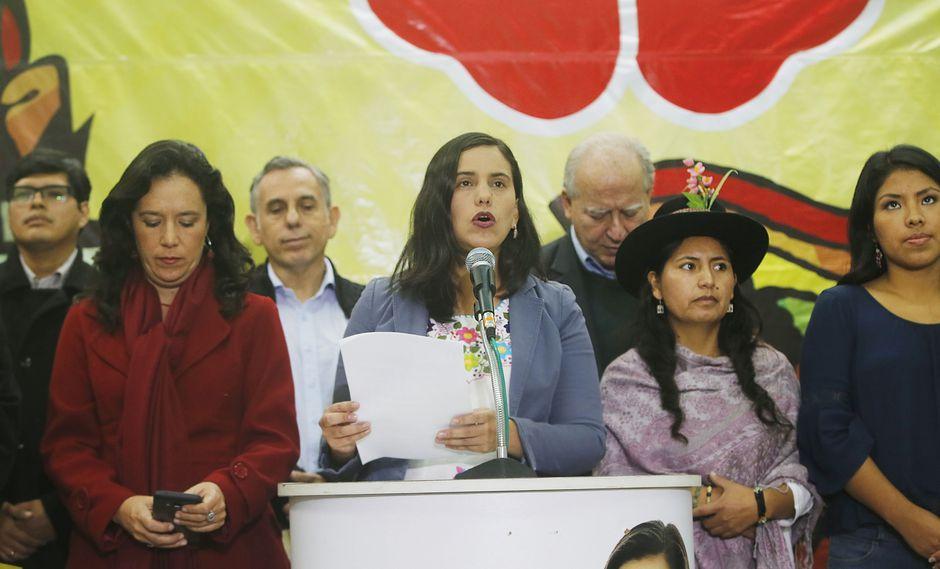 Verónika Mendoza también compartió un comunicado de su agrupación, que está en proceso de recolección firmas. (Foto: Archivo El Comercio)