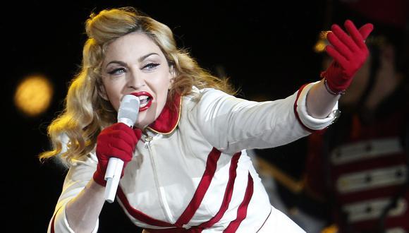Madonna interpretará dos canciones, una de ellas inédita, de su próximo disco, según la misma fuente.