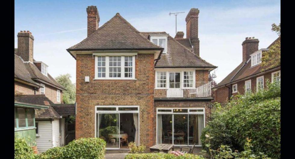 Su fachada de ladrillos es una de las cosas que mantiene la casa. Por dentro ha sufrido algunas variaciones. (Foto: arlingtonresidential.com)