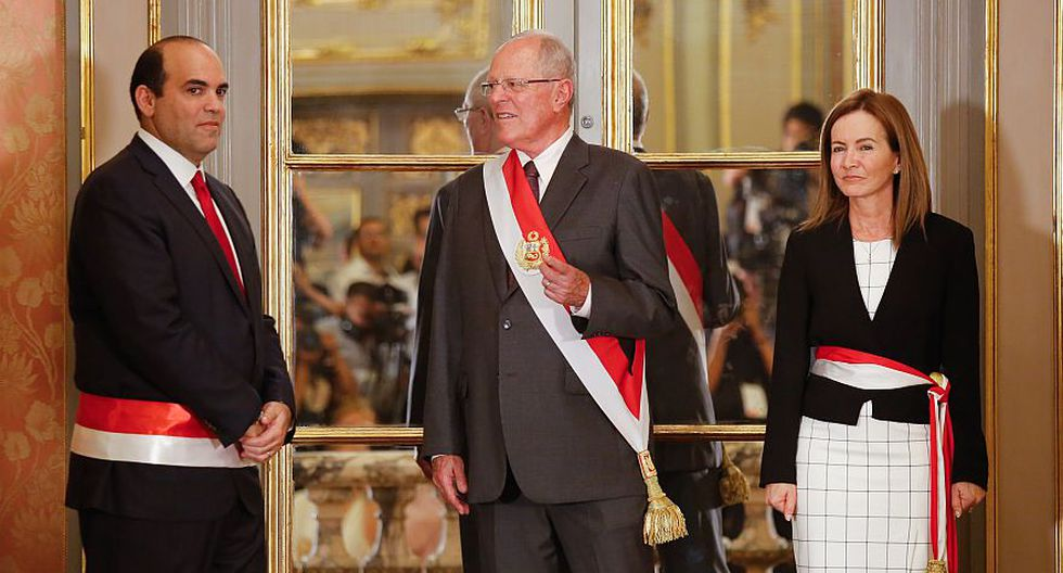 Fernando Zavala deberá presentar la renuncia y, por ende, debe hacer el resto del gabinete ministerial. (Archivo El Comercio)
