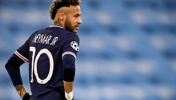 Neymar se mudó a Francia en agosto de 2017 tras una de las operaciones más caras de la historia del fútbol: 222 millones de euros pagó PSG a Barcelona. (Foto: EFE)