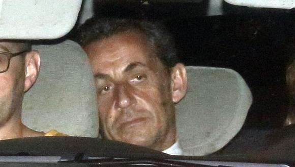 Sarkozy es llevado ante un juez tras ser interrogado 15 horas