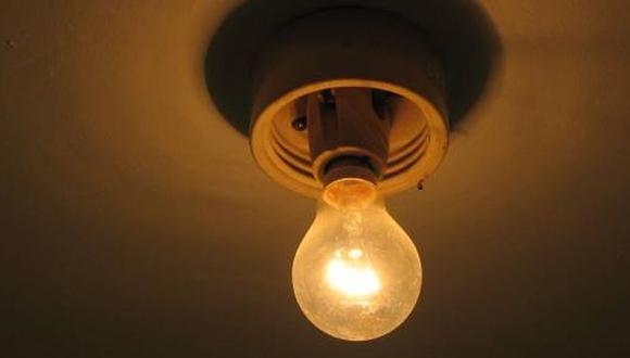 Osinergmin: Tarifas eléctricas se reducirán 4% desde hoy