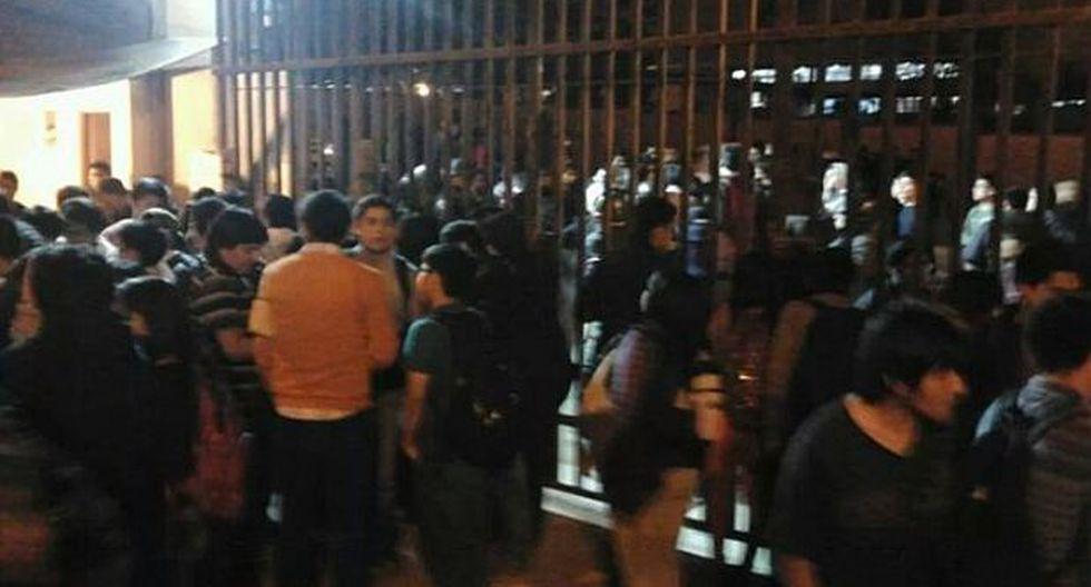Vía WhatsApp: alumnos toman universidad de Villa El Salvador - 2