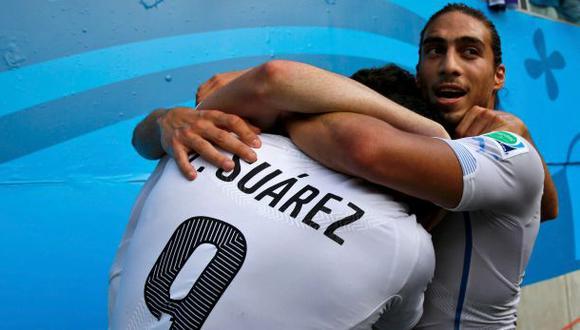Uruguay ganó 1-0 a Italia y clasificó a octavos de final