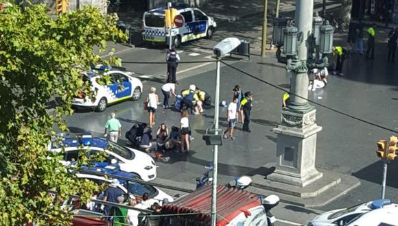 Un atentado terrorista en Barcelona dejó 13 muertos el jueves. (Foto: AP)