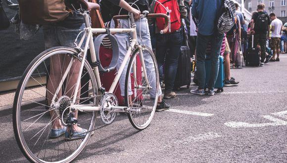 Más allá de evitar el tráfico y un contagio de COVID-19, te presentamos más opciones para que se anime a usar bicicleta. (Pexels).