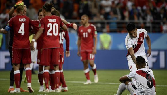MisterChip utilizó sus redes sociales para opinar sobre el desempeño de la selección peruana en su derrota ante Dinamarca. (Foto: AFP)