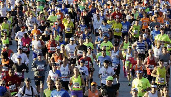 En las maratones se suele usar el GPS para medir la distancia recorrida y la velocidad empleada. (Foto: AP)