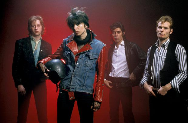 The Pretenders starting lineup (from left to right): James Honeyman-Scott (guitar), Chrissie Hynde (lead vocals), Pete Farndon (bass) and Martin Chambers (drums).  The first and third are dead.