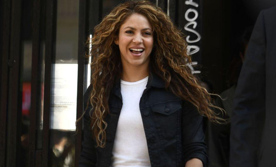 """Seguidores de la cantante de """"Loca"""" aplaudieron su incursión en el mundo de la moda. Fuente: AFP"""