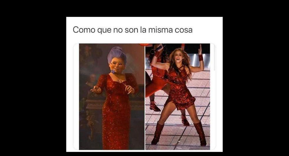 El traje de Shakira causó gracia a muchos.  (Captura)