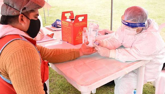 Un total de 465 mototaxistas pasaron por pruebas rápidas de coronavirus (COVID-19). (Foto: Andina)
