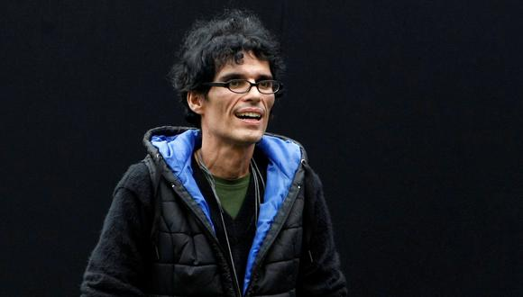 """Pedro Suárez Vértiz, horas antes del concierto """"Cuando pienses en volver"""", desarrollado en 2014. Foto: Nancy Dueñas para El Comercio."""