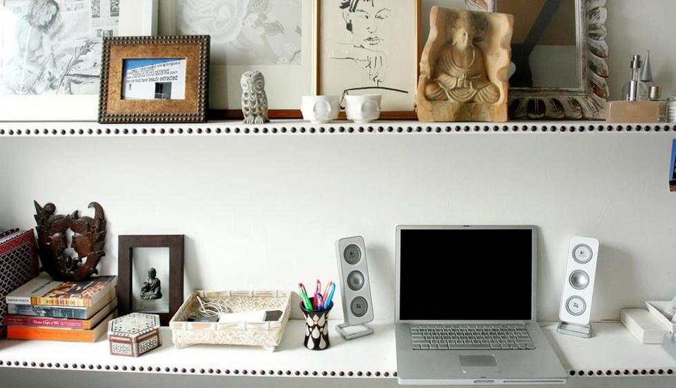 La diseñadora Jen Chu fue la encargada de transformar el pequeño dormitorio en un lugar acogedor y confortable. Distintas piezas coleccionables, cuadros y pinturas le dan el toque especial. (Foto: jenchudesign.com)
