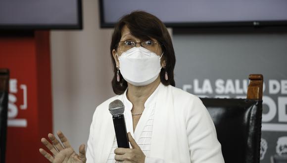 """La ministra de Salud indicó que le correspondería ser vacunada la próxima semana como personal administrativo del sector, pero esperará su """"momento, como debe ser"""". (Foto: GEC)"""
