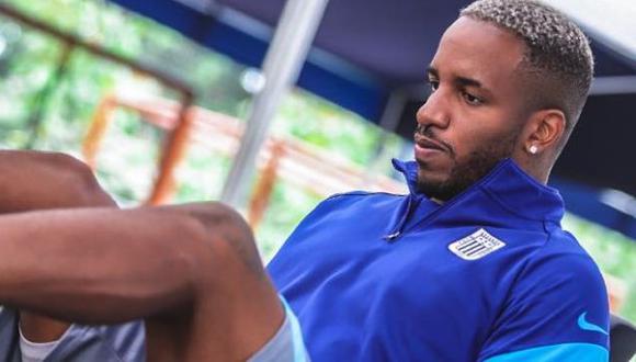 El gerente deportivo de Alianza Lima explicó la situación de Jefferson Farfán. (Foto: @ClubALoficial)