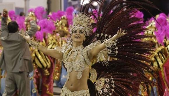 Del 'Fuera Temer' al muro de Trump: Carnaval de Río se politiza