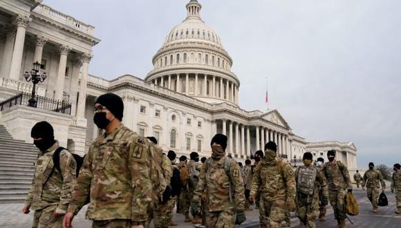 Los miembros de la Guardia Nacional llegan al Capitolio de los Estados Unidos días después de que partidarios del presidente de Estados Unidos, Donald Trump, irrumpieran en el Capitolio en Washington, Estados Unidos. (Foto: REUTERS / Erin Scott).