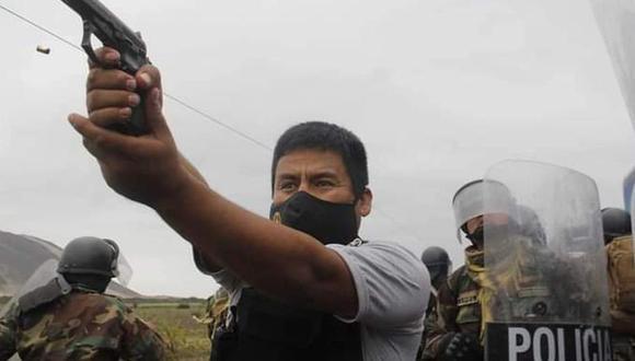 La Libertad: El agente policial que usó su arma de fuego fue identificado como el suboficial PNP Víctor Bueno Alva. (EFE)