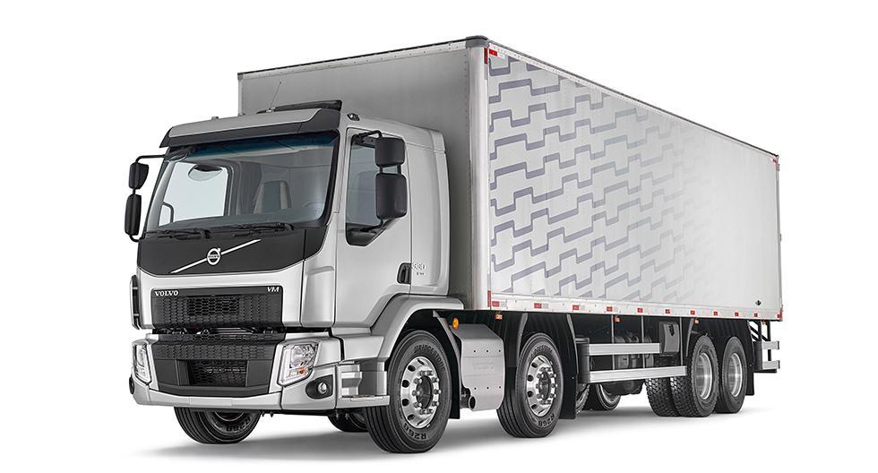 Volvo anunció la llegada de los camiones semipesados Volvo VM con 4 ejes de fábrica en dos configuraciones: 8x4 y el 8x2. (Foto: Difusión)