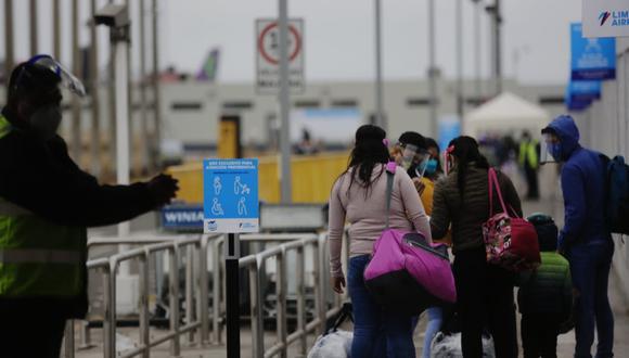 El aeropuerto Jorge Chávez reabrió sus puertas esta madrugada. (Foto: César Grados / GEC)