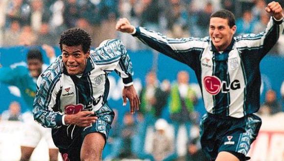 Por ese entonces se decía que la incorporación de Baylón al Werder Bremen, donde ya jugaba Pizarro, era inminente. (USI)